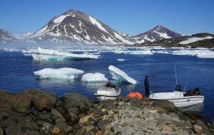 Добър пример е Kangeq - изоставено рибарско селце близо до столицата на Гренландия.