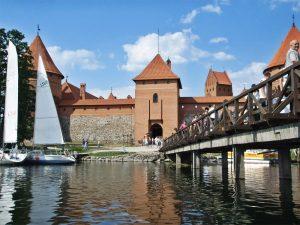 Замъкът Тракай днес е културен център, където се провеждат много концерти, събития и фестивали.
