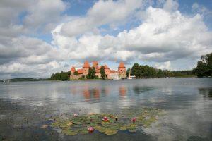 Днес замъкът на остров Тракай е най-значимата атракция в град Тракай