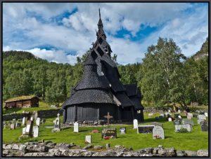 """Изграждането на църквата """"Боргунд"""""""