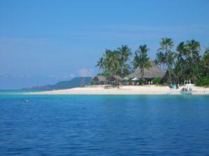 Главният град на остров Палаван е Пуерто Принцеса.