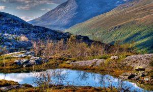 В Норвегия са разкопани малки глинени колиби от каменната епоха, които изглежда са били използвани 1000 години