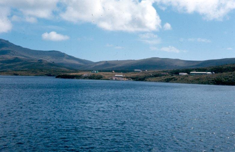 Изследователската станция на острова