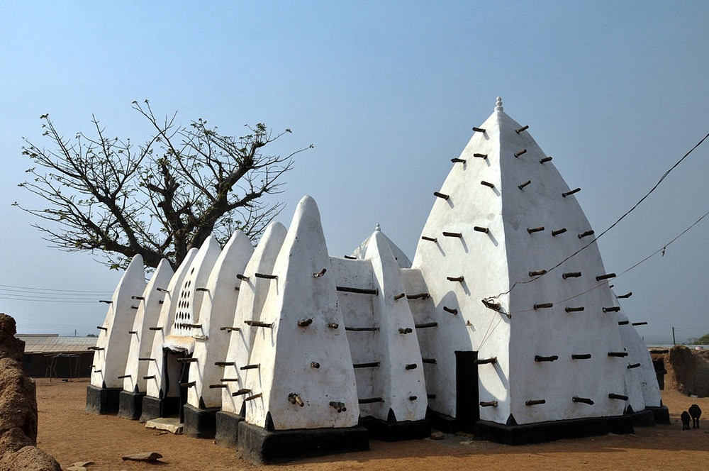 Джамията Ларабанга