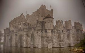 Замъкът на графа