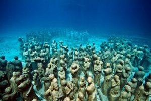 За да насърчи растежа на коралите