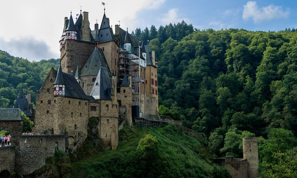 замъци